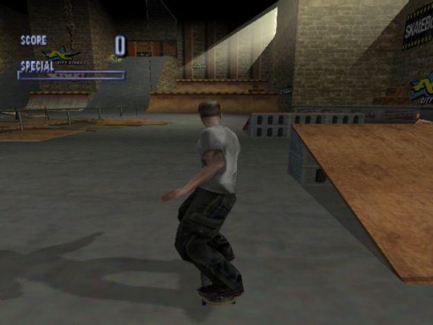 Tony-Hawks-Pro-Skater-1-Dreamcast-Warehouse-625x469