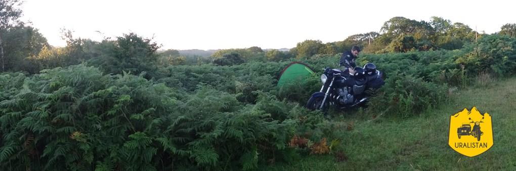 Road trip moto au Pays de Galles et camping sauvage