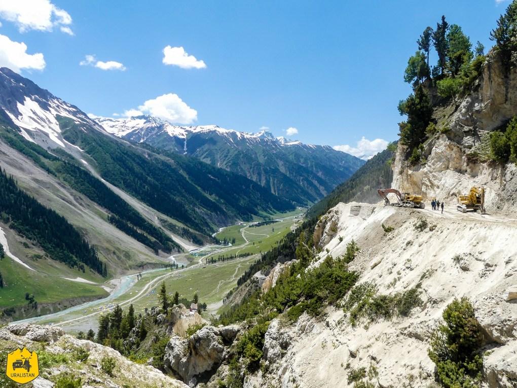 Roadtrip en Royal Enfield au Ladakh, piste de Srinagar à Kargil