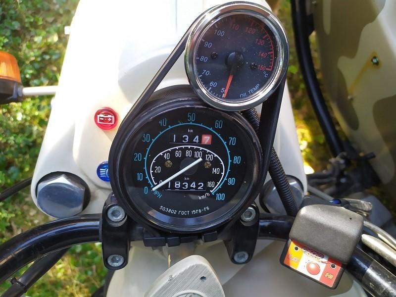 Side-car Ural Ranger 2011 - indicateur de température d'huile