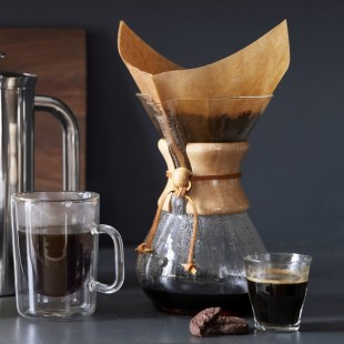 chemex-pour-over-glass-coffee-maker-with-wood-collar-o