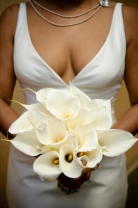 celebrations-by-design-statement-bride-bouquet
