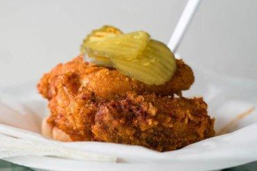 a-little-nashville-history-princes-hot-chicken-meal