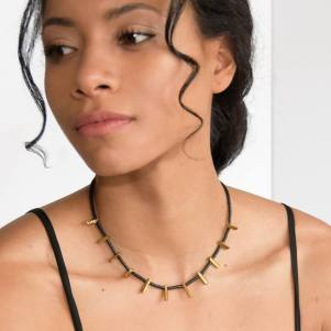 artaya-loka-woman-necklace