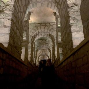 au-coeur-des-catacombes