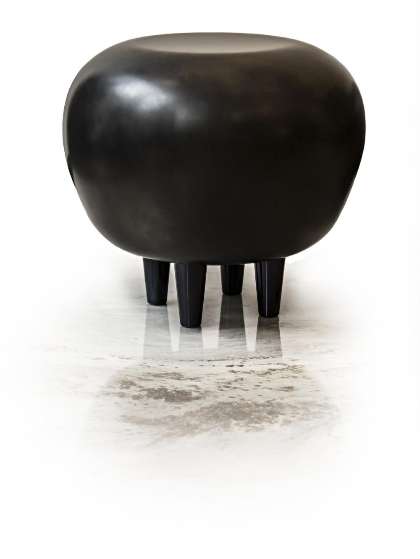 Black Pouf by Mettlesome Design, imagem cedida por Mettlesome Design (França)