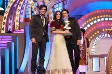 Katrina kaif gets the Female International Icon award