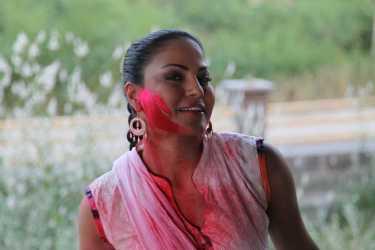 Veena Malik Playing Holi29