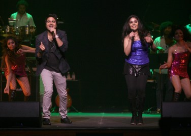 Rakesh and Sunidhi brings some Student of the Year flava to the night
