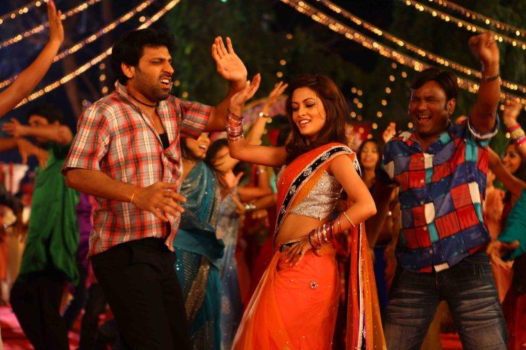 Rajan Verma With Riya Sen1