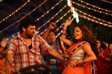 Rajan Verma With Riya Sen21