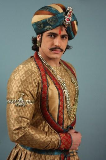 Akbar Rajput look 2