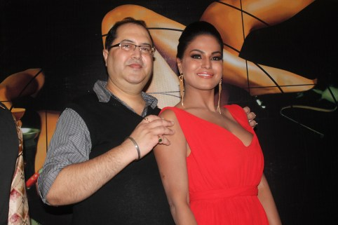 Director Navin Batra With Veena Malik At First Look Of Supermodel
