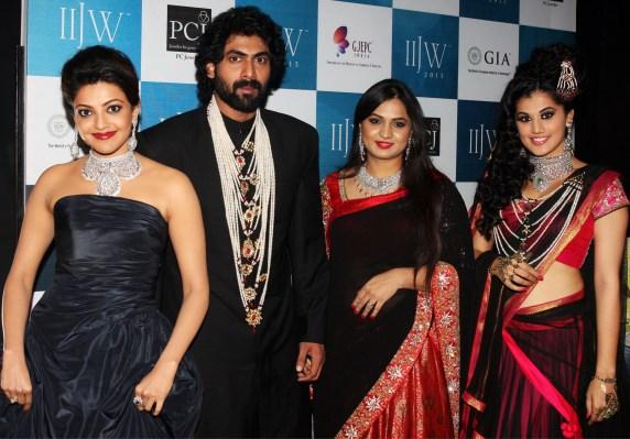 Designer Moni Agarwal with Kajal Aggarwal, Rana Daggubati and Taapsee Pannu