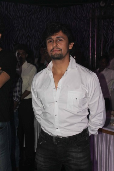 Sonu Nigam At Party
