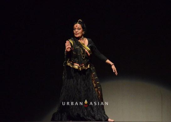 sonal_mansingh_as_sutradhar