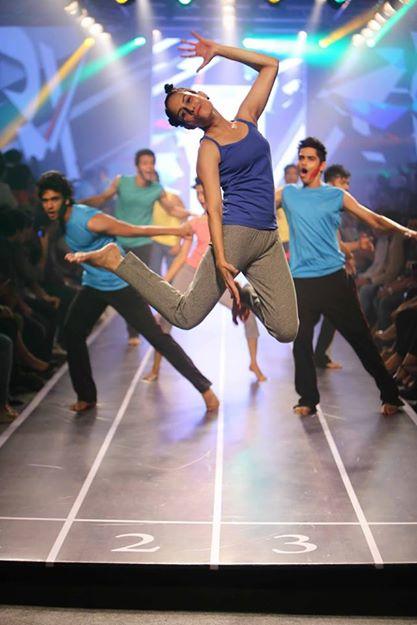 Sandip Soparrkar troups performing at Myntra fashion show14
