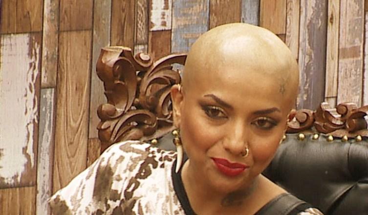 Diandra Soares goes bald in Bigg Boss. - Pic 3