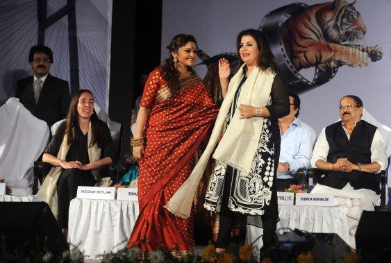 GUEST OF HONOUR DIRECTOR FARAH KHAN AT THE CLOSING CEREMONY OF KIFF (6)