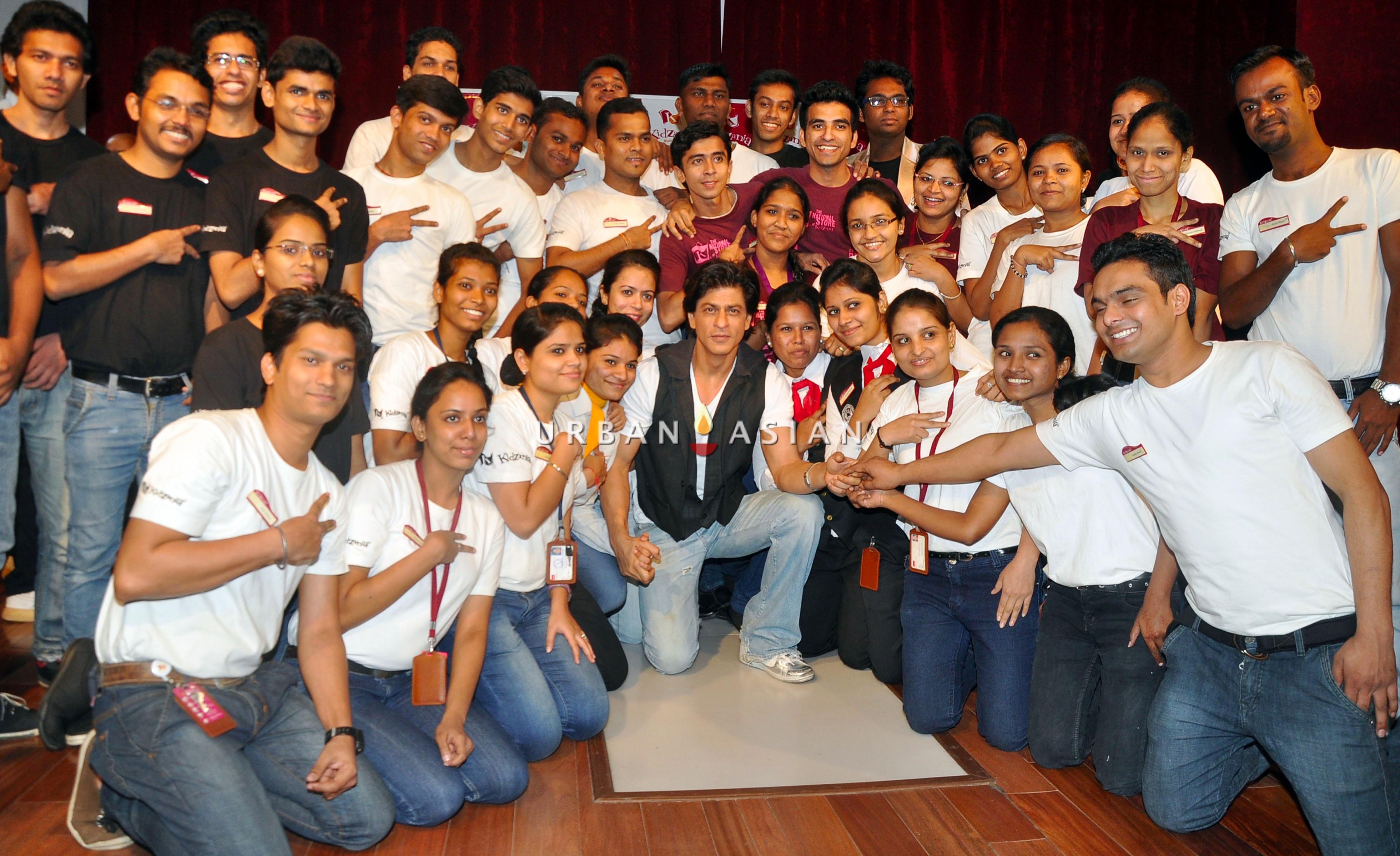 SRK AT KIDZANIA DSC_6507