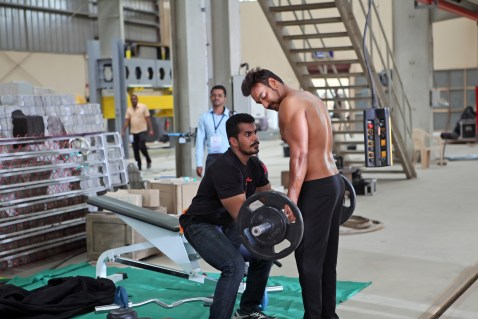 Ajay Devgn training on the sets (1)