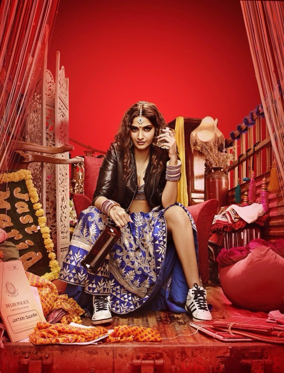 Sonam Kapoor in Dolly Ki Doli (1)