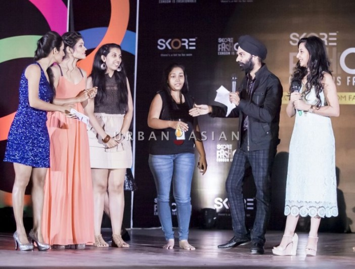 4 Sneh Vadhani with celebs, models and students