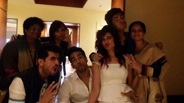 Pritam, Soni, Upen, Karishma and Sushant with Sushant and Karishma's mothers