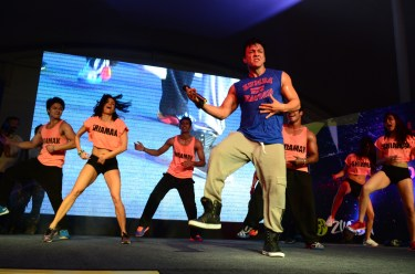 Beto Perez doing bollywood moves with SDIPA dancers