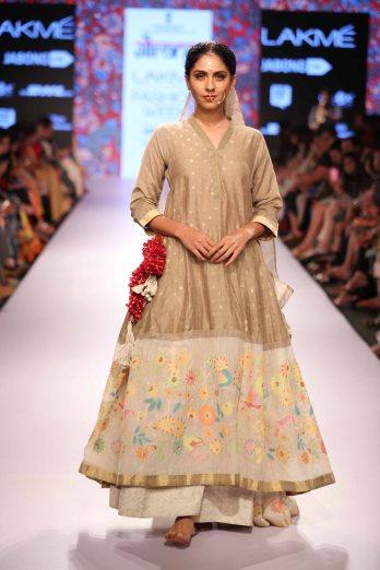 Gaurang Shah at Lakme Fashion Week Summer Resort 2015 (15)