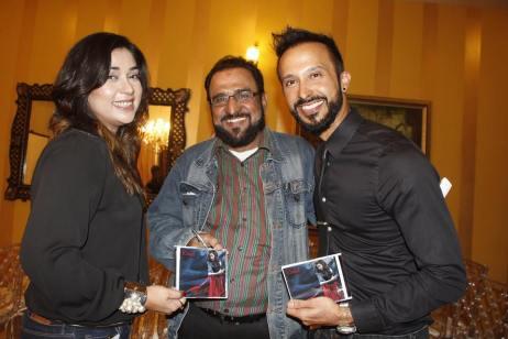 Komal Rizvi [far left] & Ali Kazmi [far right]