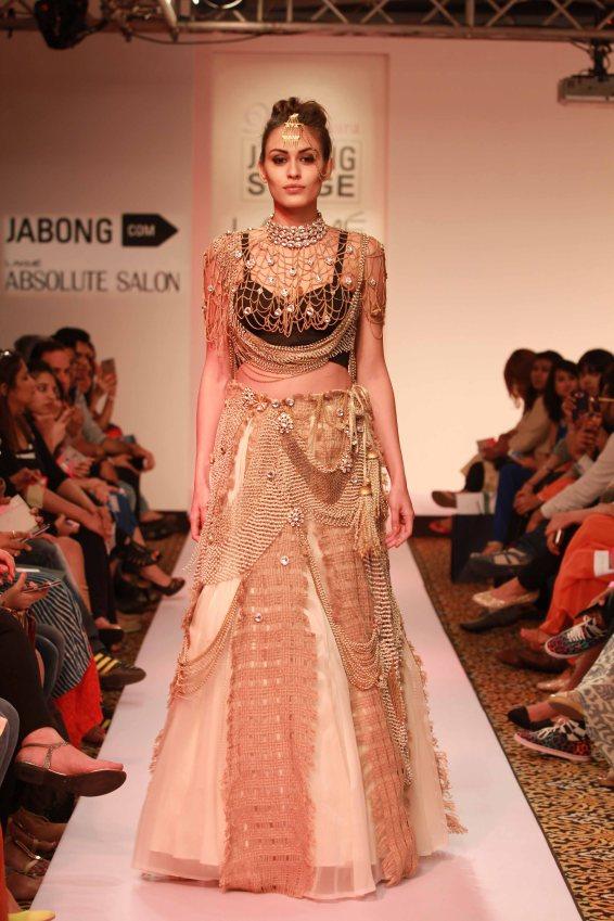 Vasundhara, lakme fashion week 2015