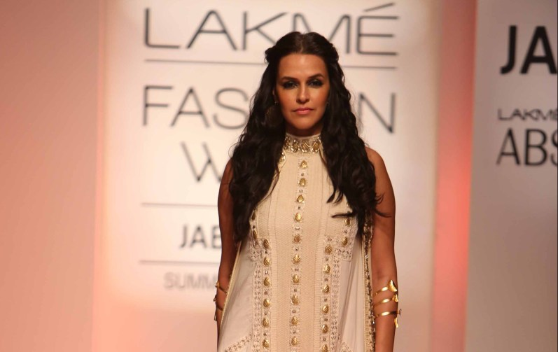 Showstopper Neha Dhupia walks for Sonu Dharnidharka