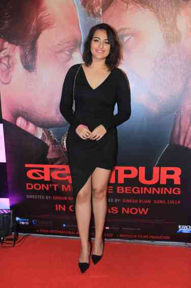 Sonakshi Sinha at the success bash of Badlapur at sofitel bandra (32)