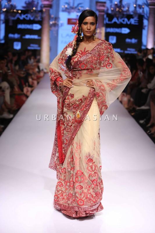 Suneet Varma at Lakme Fashion Week Summer Resort 2015 (25)