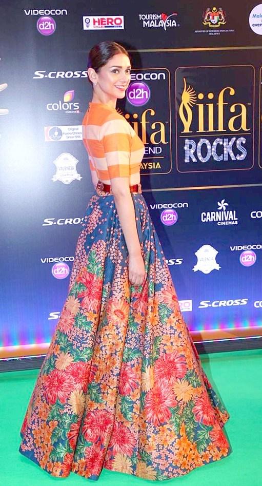 Aditi Rao Hydari at IIFA ROCKS green carpet