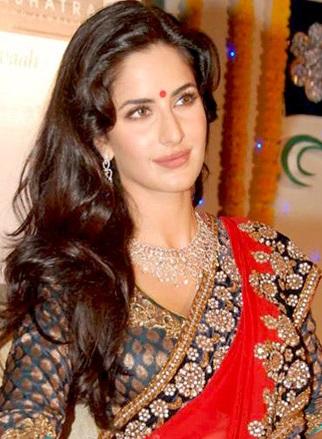 Katrina_Kaif_at_an_event_for_Nakshatra
