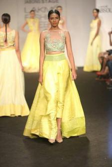 Divya Reddy #LakmeFashionWeek