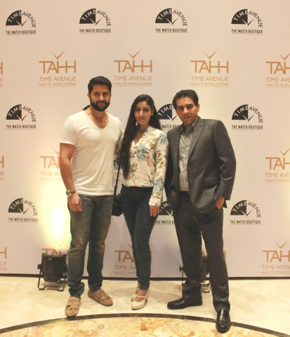 Aftab Shivdasani and Nin Dusanj with Viral Raajan ,Director , Time Avenue, at the day 2 of Time Avenue Haute Horlogerie exhibition