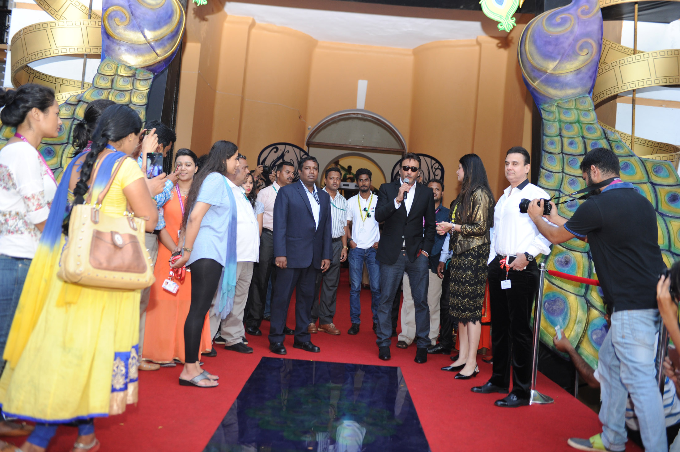 Jackie Shroff at IFFI 2015 Red Carpet
