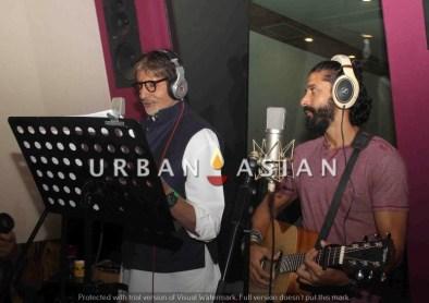 Amitabh Bachchan and Farhan Akthar, Wazir8