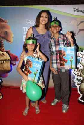 TV Celebrities and kids screen 'The Good Dinosaur'
