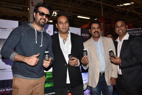 (L-R) Harman Baweja, Yogesh Sethi & ayakar Shettigar, Senior VP – Buying & Merchandising, HyperCITY Retail (India) at the laucnh of Quick Burn Plus