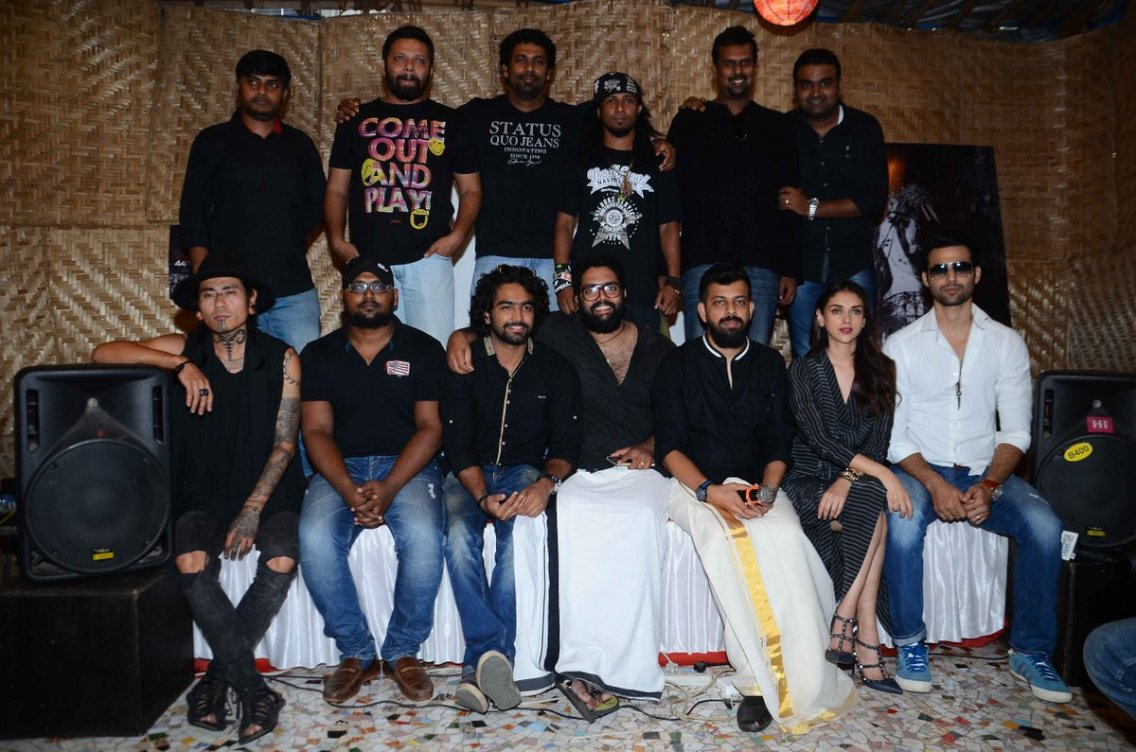 Bejoy Nambiar, Aditi Rao Hydari along with Thaikkudam Bridge at the video launch event