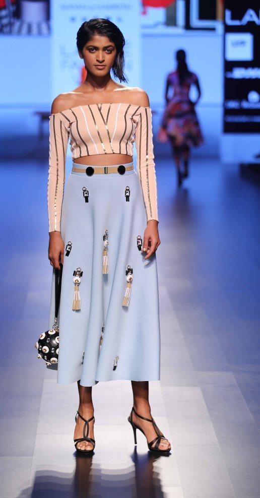 Model walks Shivan & Naresh at LFW SR 2016
