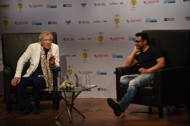 Aamir Khan and Ian Mc Kellen at MAMI film club launch (4)