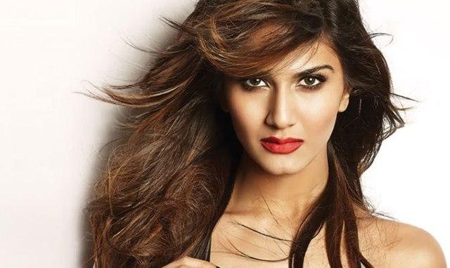 Vaani Kapoor Wraps Up 'Bellbottom'