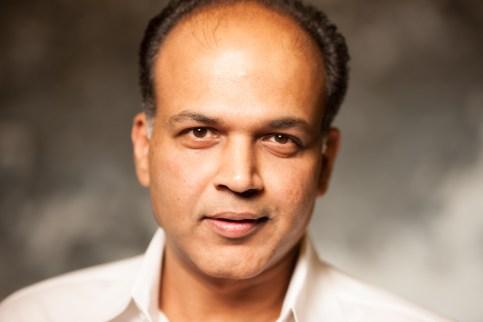 Ashutosh Gowariker (1)