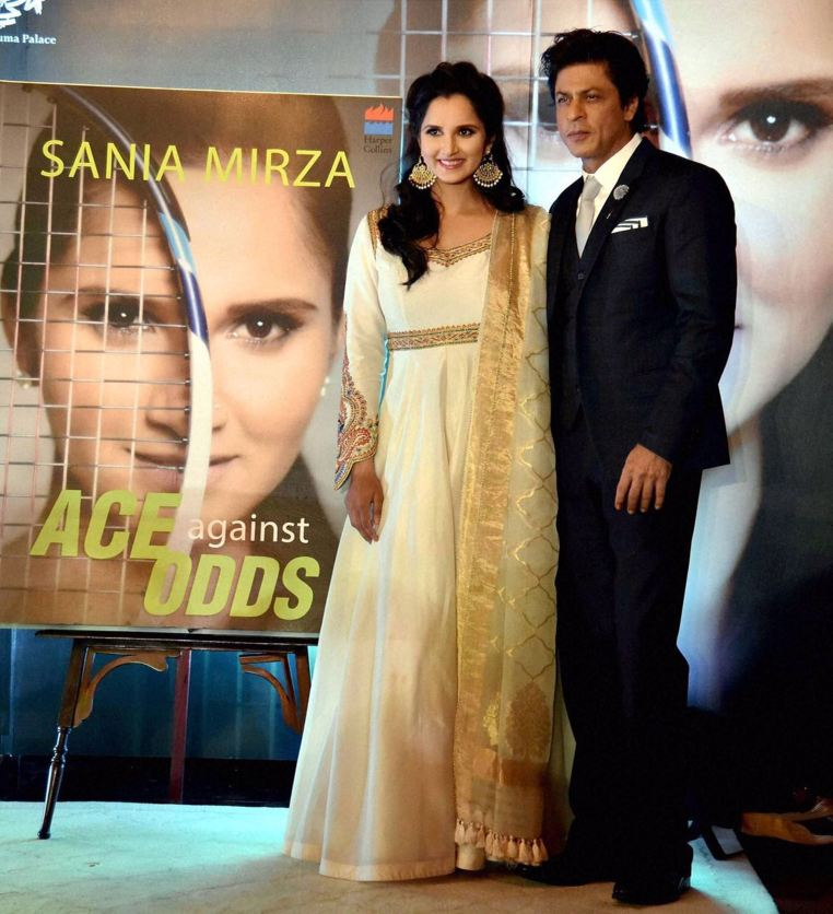 Sania Mirza in Rimple and Harpreet Narula (1)