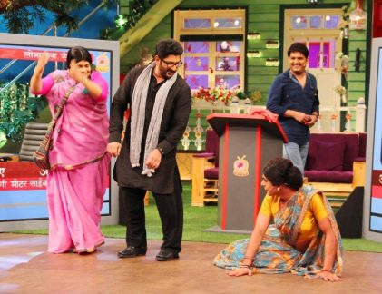 Arshad Warsi and Kapil Sharma have a laugh riot on the sets of The